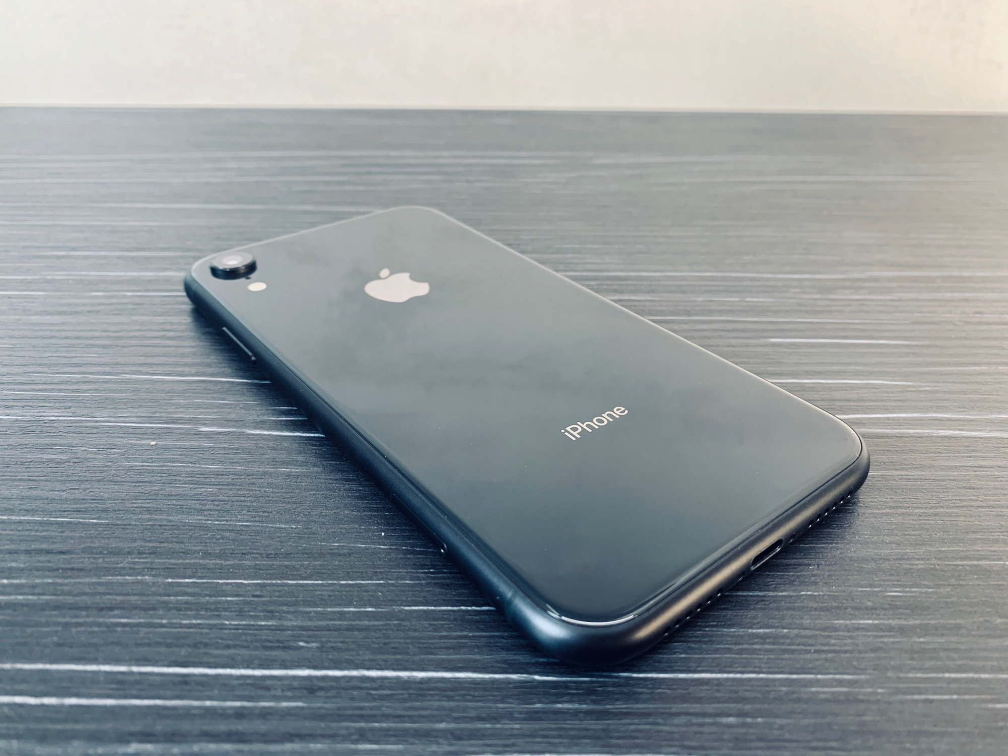 Apple iPhone XR 64GB Space Gray